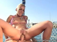 Super hot blonde enjoys hardcore anal sex on the yacht